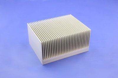 S818-127-63-200 Plate Fin Heat Sinks with High Aspect Ratios for High Airflow